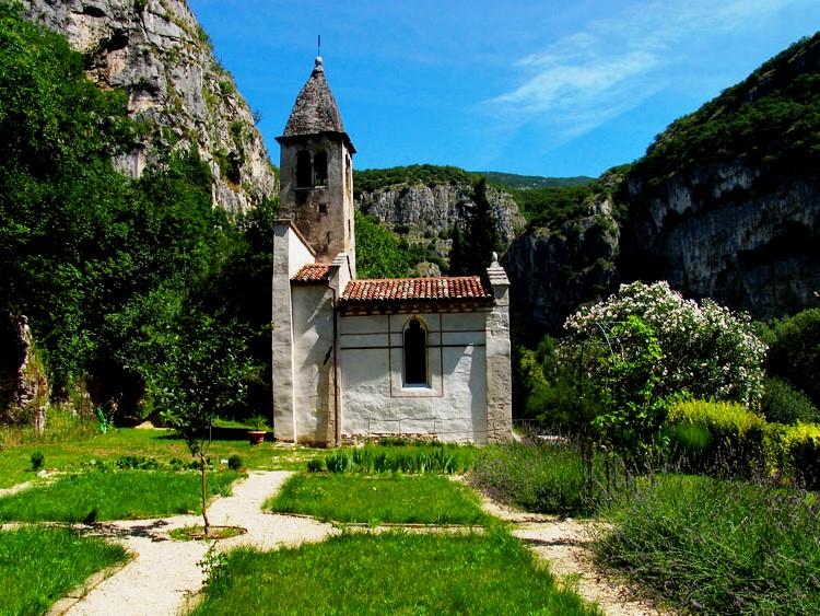 chiesa-agriturismo-la-colombara-gaium